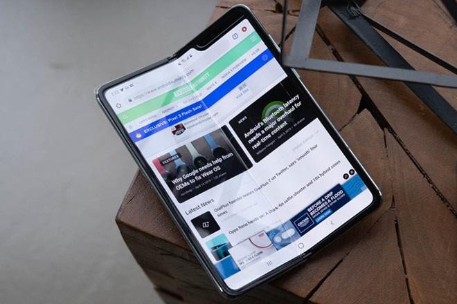 Sẽ có thông tin ngày phát hành mới của Galaxy Fold trong vài ngày tới - 1