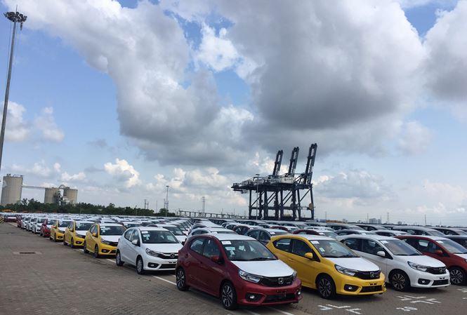 Xe Ấn Độ nhập khẩu giá trung bình 14 tỷ đồng/chiếc, vì sao? - 1