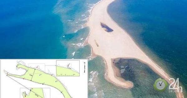 """""""Đảo khủng long"""" ở biển Cửa Đại bồi xói rất nhanh, lên tới 50m/tuần"""