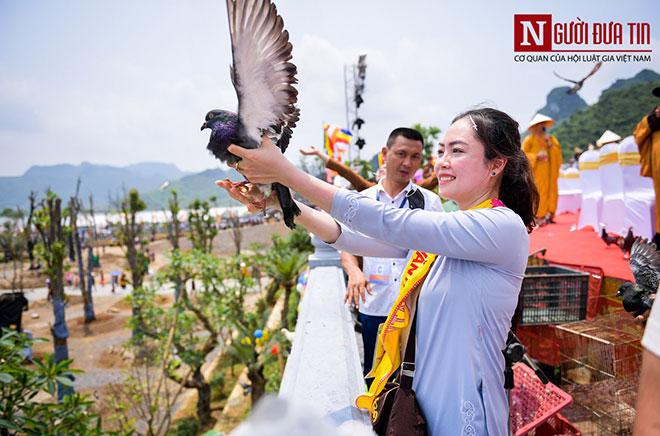Độc đáo nghi lễ tắm Phật chùa Tam Chúc, mừng Đại lễ Phật đản Vesak 2019 - 6