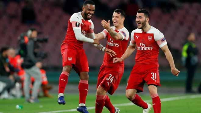 Nếu Arsenal chiếm suất Cúp C1 của Man City: Số phận MU thế nào? - 2
