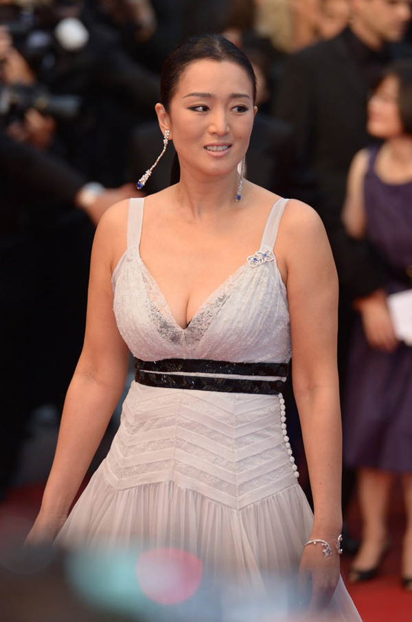 Mỹ nhân nào vượt Phạm Băng Băng trong cuộc chiến thời trang tại Cannes? - 10