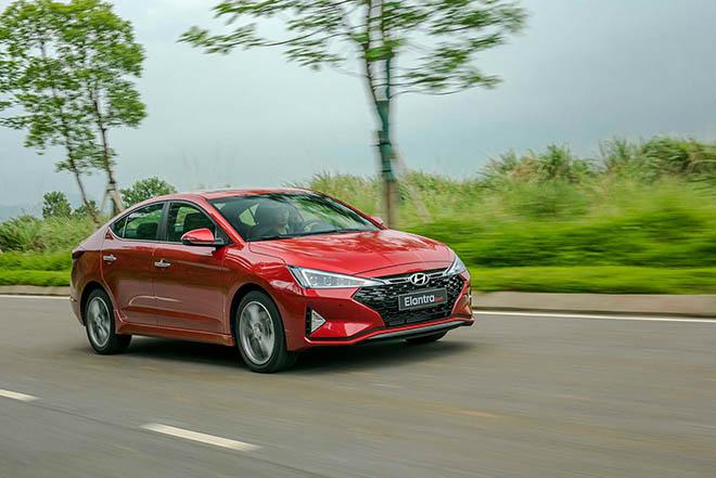 Ngoại hình ấn tượng của Hyundai Elantra Sport 1.6T 2019, nhiều lựa chọn về màu sắc - 8