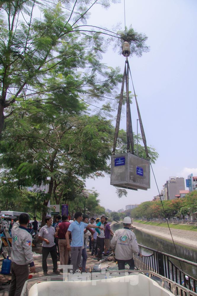 Hà Nội bắt đầu làm sạch sông Tô Lịch bằng 'bảo bối' của Nhật - 3