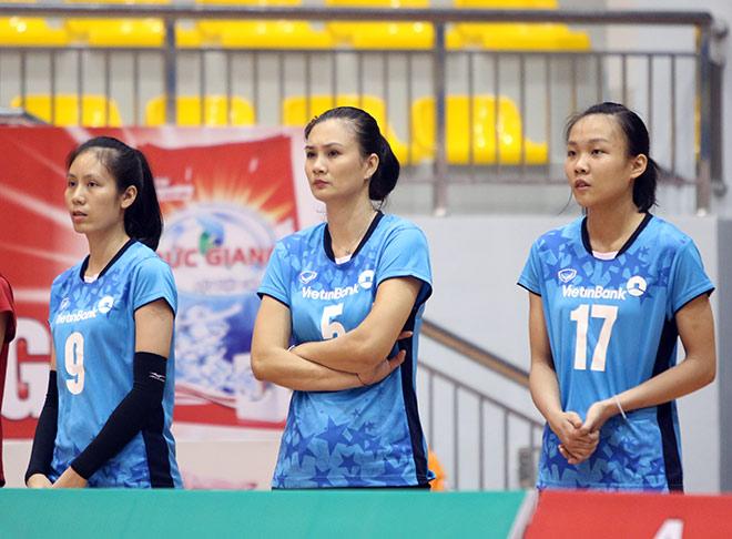 """Hoa khôi bóng chuyền Kim Huệ vẫn """"gây thương nhớ"""" ở tuổi 37 - 6"""