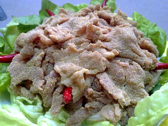 Món đặc sản từ thịt lợn sống của người Dao tưởng kinh dị mà ngon không tả - 2