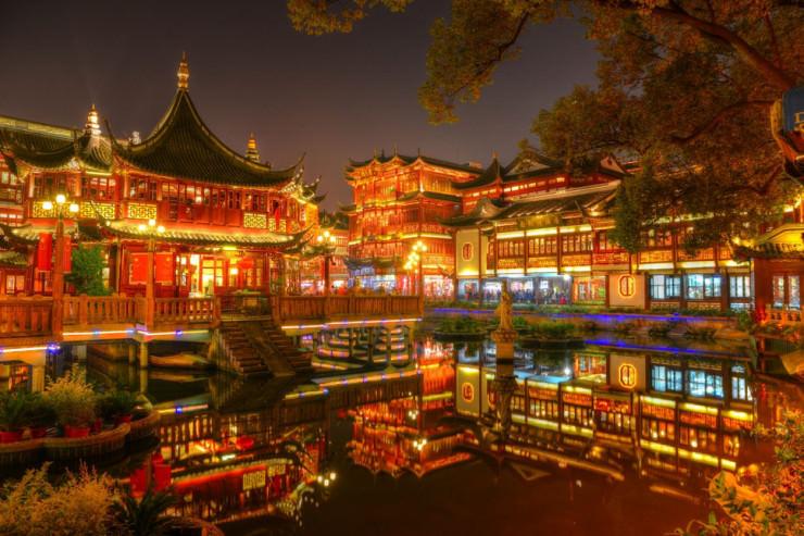 Không chỉ có Phượng Hoàng Cổ trấn, Trung Quốc còn có nhiều làng cổ đẹp mê li thế này - 3