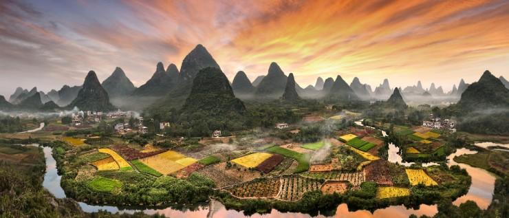 Không chỉ có Phượng Hoàng Cổ trấn, Trung Quốc còn có nhiều làng cổ đẹp mê li thế này - 11