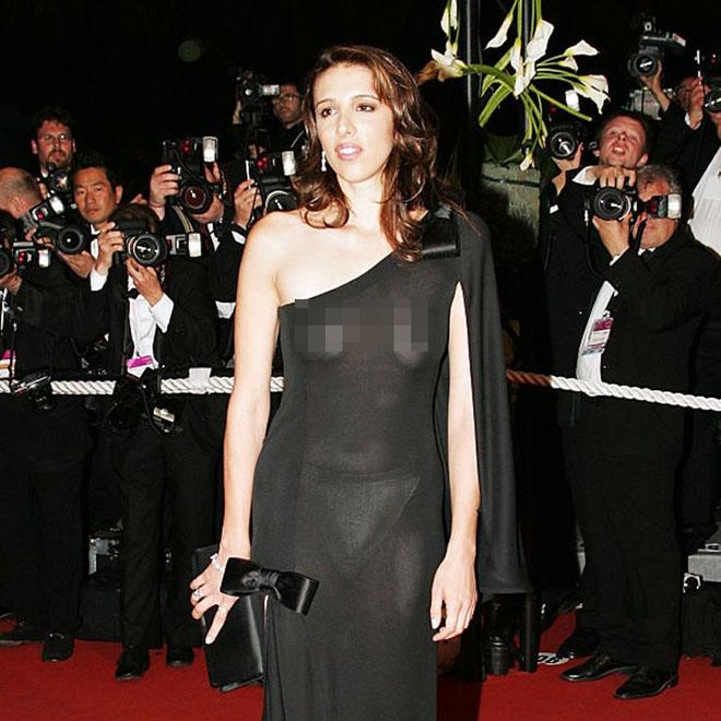 Hàng loạt người đẹp gặp sự cố thời trang ở Cannes - 13