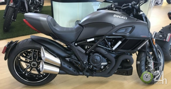 NÓNG: Siêu xe Ducati Diavel đời 2018 giảm sốc gần 200 triệu đồng