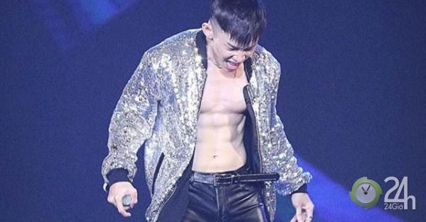 Fan nữ sục sôi vì body tuyệt phẩm của nam ca sĩ thích phanh áo trên sân khấu