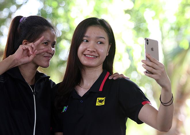 Bất ngờ người đẹp ẵm giải Hoa khôi bóng chuyền VTV9 Bình Điền - 3