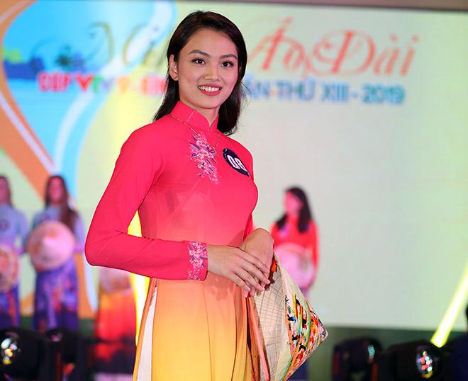 Bất ngờ người đẹp ẵm giải Hoa khôi bóng chuyền VTV9 Bình Điền - 6