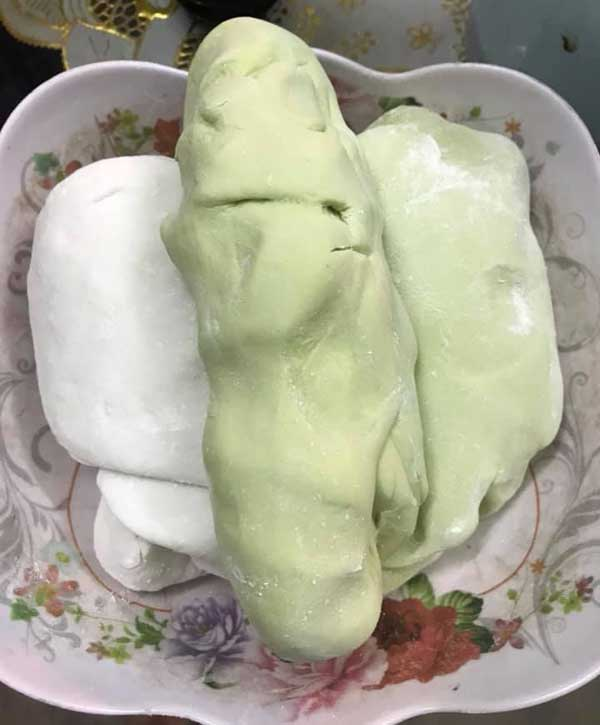 Hướng dẫn cách làm chè xoài trân châu lá dứa - 4