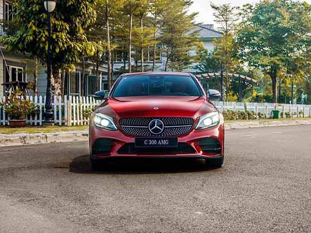 Bảng giá xe Mercedes 2019 mới nhất sau sự xuất hiện của Merc C phiên bản mới