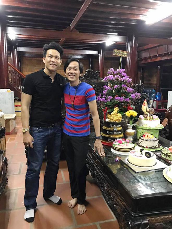 """Vợ Phú Lê gọi điện nói gì mà nhạc sĩ chịu bán hit 80 triệu view """"Đời là thế thôi""""? - 2"""