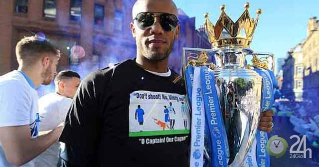 Tưng bừng Man City diễu hành mừng ăn 3: Manchester...