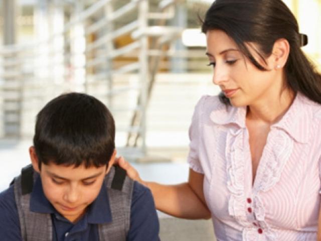 Mắc sai lầm này khi con ở tuổi mới lớn, cha mẹ có ngày hối không kịp