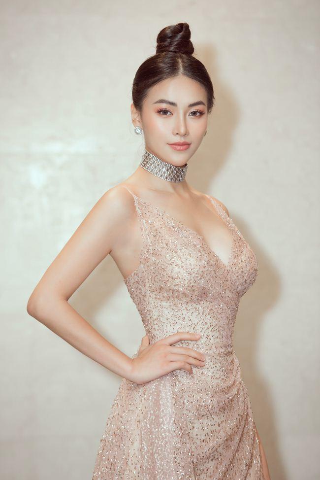 Hoa hậu gốc Bến Tre tiết lộ về khung sắt để bó người - 7