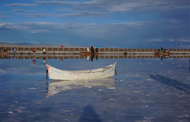 Không chỉ là hồ muối lớn nhất Trung Quốc, nơi này còn có phong cảnh đẹp đến nghẹt thở - 3