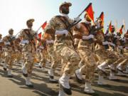 """Nếu xảy ra xung đột, tiềm lực quân sự của Iran có """"cửa"""" đấu với Mỹ?"""