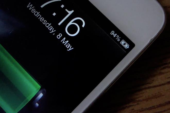 Bản cập nhật phần mềm quản lí pin của Apple đã làm chậm các thiết nị iPhone trước đó