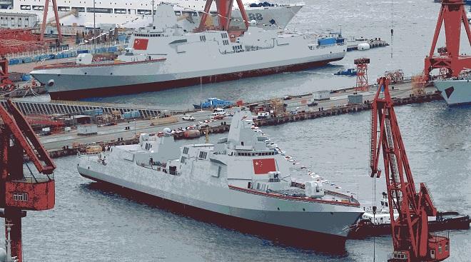 """Bị Mỹ """"dội gáo nước lạnh"""", TQ không còn tiền ráo riết đóng tàu chiến? - 1"""