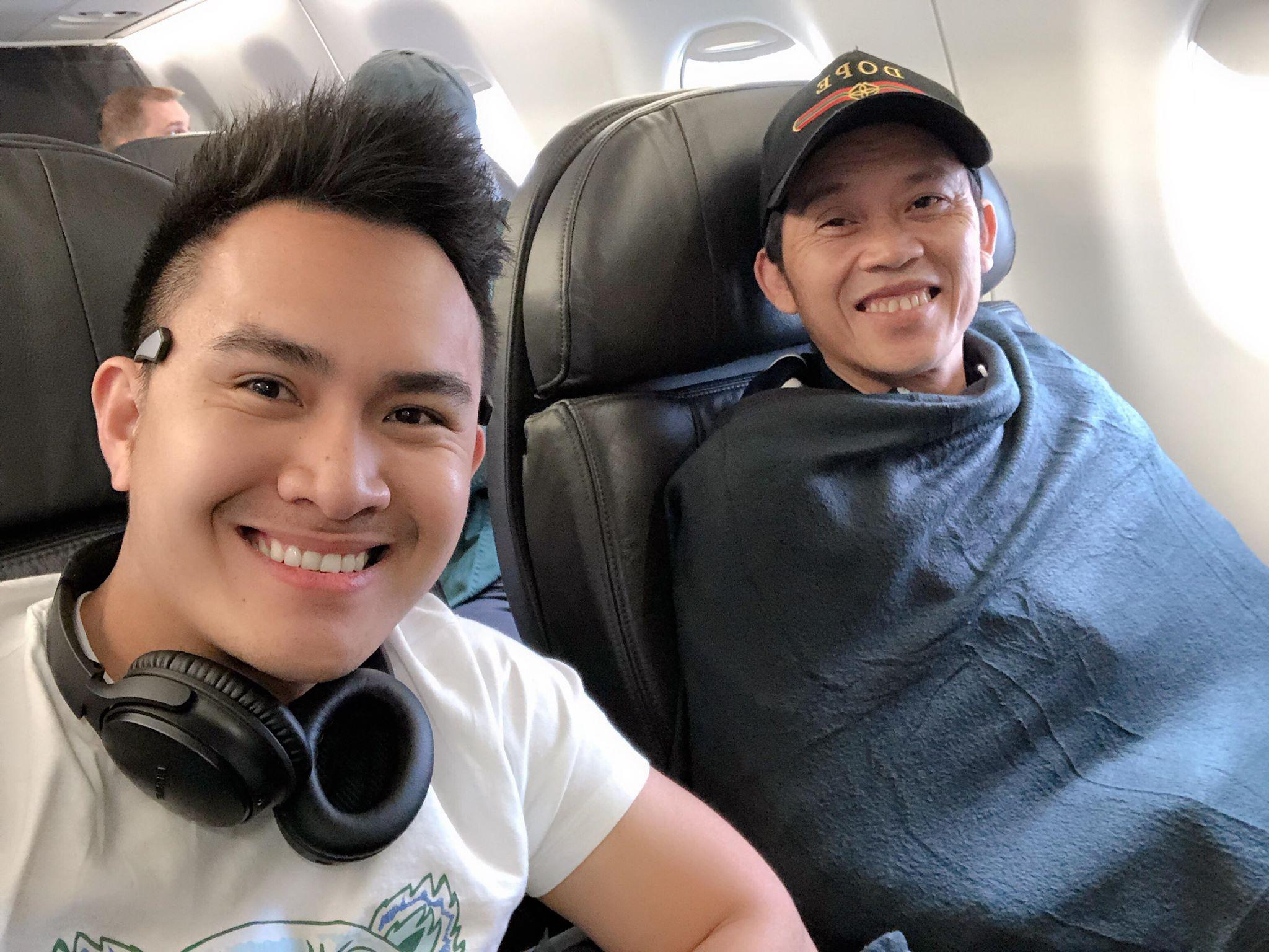 Con trai ruột Hoài Linh tiết lộ thói quen của 'danh hài trăm tỷ' khi sang Mỹ - 1