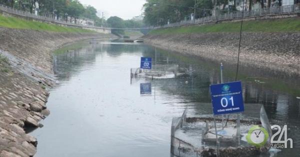 """Sau hơn 10 ngày đặt """"bảo bối"""" của Nhật, sông Tô Lịch đang hồi sinh thế nào?"""