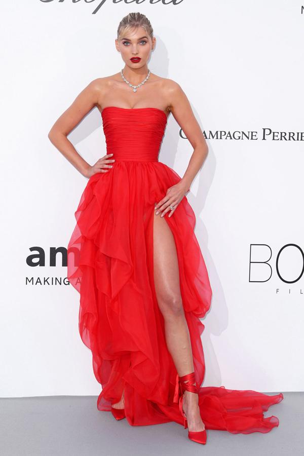 Những chiếc váy xẻ cao đẹp nhất lịch sử Cannes - 11