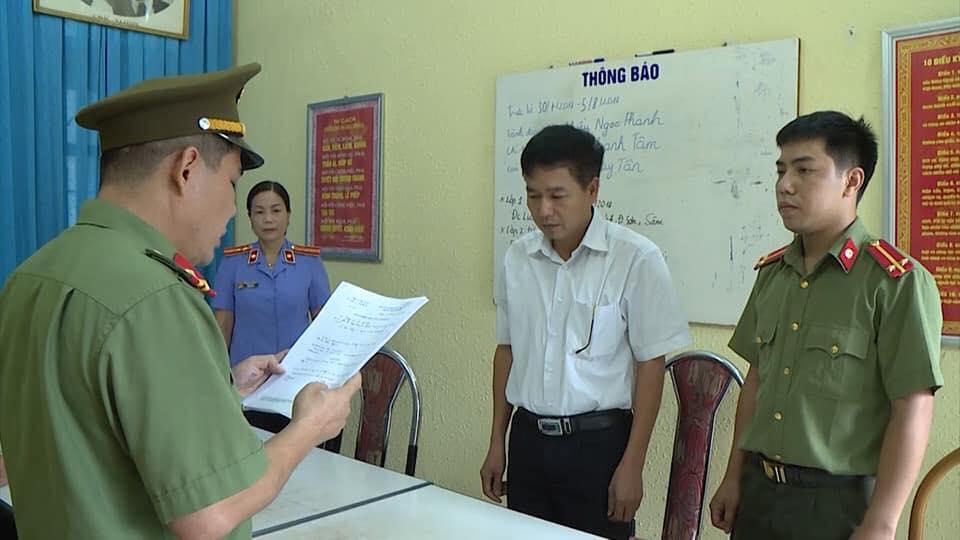 NÓNG: Khai trừ Đảng Phó Giám đốc Sở GDĐT Sơn La vụ gian lận điểm thi - 1
