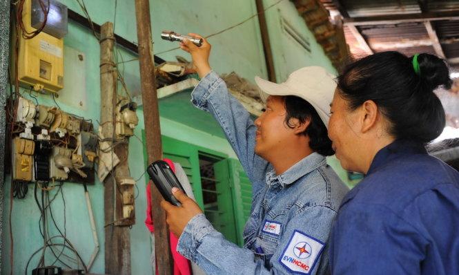 Điện lực TP.HCM lên tiếng vụ hoá đơn tiền điện tăng từ 24 lên 40 triệu - 1
