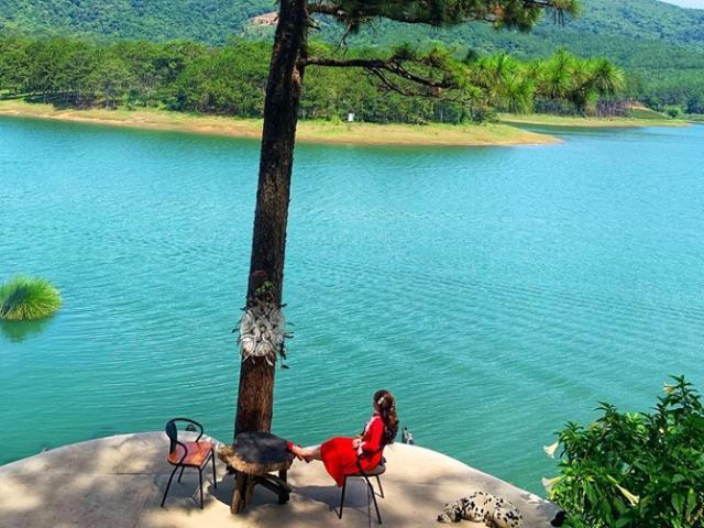 Happy Hill – 'Vườn cổ tích' nằm bên Hồ Tuyền Lâm