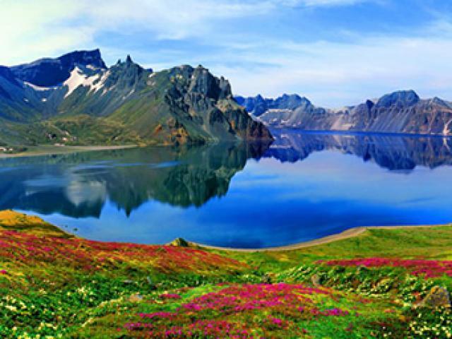 Không chỉ Trương Gia Giới, Cửu Trại Câu, Trung Quốc còn có dãy núi đẹp tuyệt vời này