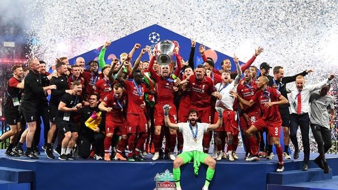 """Liverpool lần thứ 6 lên đỉnh châu Âu: Cảm xúc vỡ òa, ngả mũ nhà """"vua"""" - 11"""