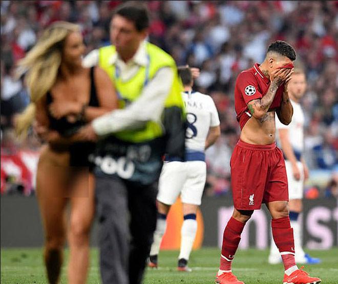 Chung kết Cúp C1 Tottenham - Liverpool: Fan nữ gây náo loạn, lộ điểm nhạy cảm - 7