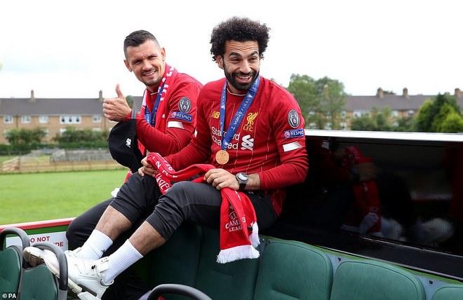 Liverpool rước cúp vô địch Champions League: HLV Klopp rạng rỡ, bùng nổ đại tiệc - 5