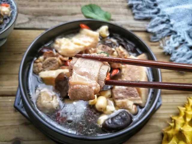 Mùa sầu riêng ăn xong đừng ném vỏ, thử làm ngay món canh tuyệt vời này - 7