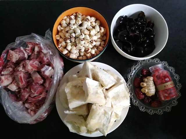 Mùa sầu riêng ăn xong đừng ném vỏ, thử làm ngay món canh tuyệt vời này - 1
