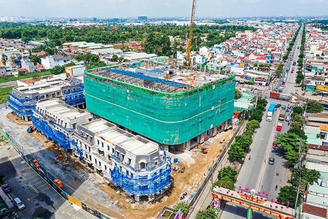 Chuẩn bị khai trương TTTM Vincom Plaza đầu tiên, giá bất động sản Dĩ An tăng mạnh - 1