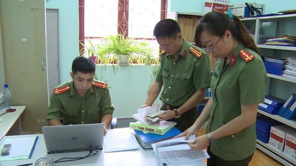 """Công bố lời khai của """"át chủ bài"""" trong đường dây sửa điểm thi ở Sơn La - 4"""