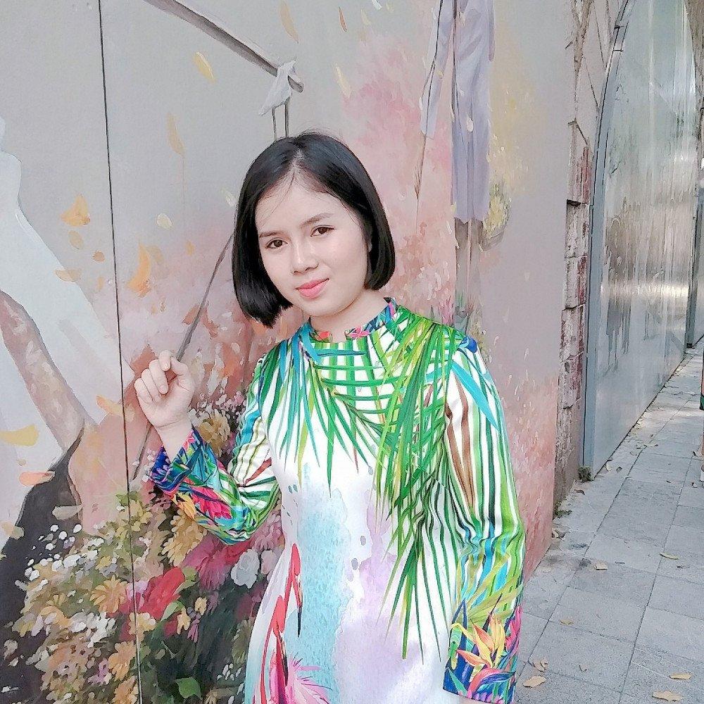 Đẹp mỗi ngày: Nữ sinh thương mại muốn thay ngoại hình để đổi cuộc sống - 2