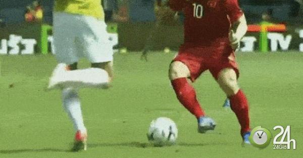 Việt Nam hạ Thái Lan 1-0: Công Phượng bị đá thẳng vào chỗ hiểm, dân mạng đòi FIFA xử
