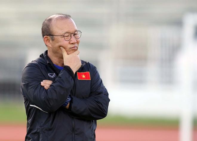 """ĐT Việt Nam đá chung kết King's Cup: Công Phượng bị Văn Hậu """"hạ đo ván"""" - 2"""