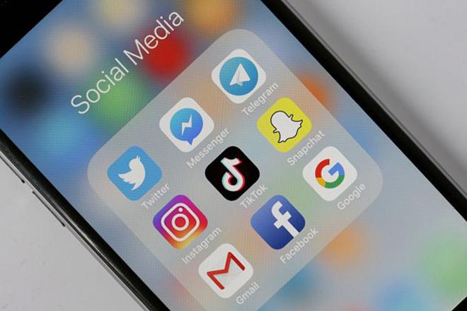 Điện thoại Huawei sẽ hết được cài sẵn Facebook, Instagram và WhatsApp - 2
