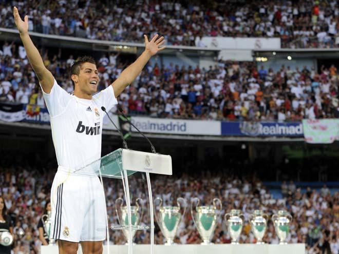 10 năm MU bán Ronaldo: Thập kỷ đau thương, nỗi nhớ CR7 chưa vơi bớt - 2