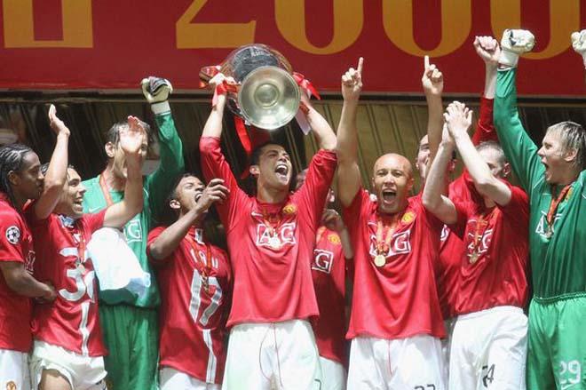 10 năm MU bán Ronaldo: Thập kỷ đau thương, nỗi nhớ CR7 chưa vơi bớt - 1