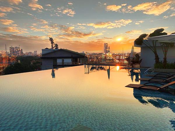 Top 5 bể bơi cực đẹp và đẳng cấp tại miền Bắc - 1