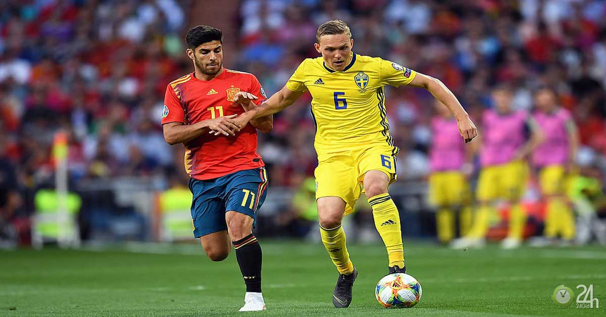 Video, kết quả bóng đá Tây Ban Nha - Thụy Điển: Hai quả phạt đền & một siêu phẩm