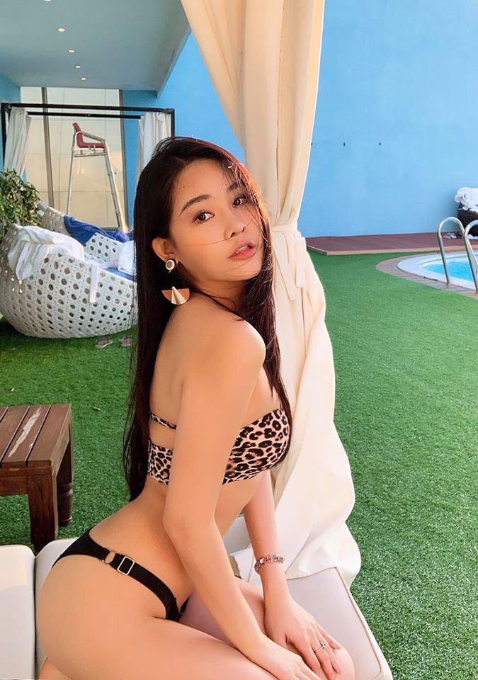 Người đẹp Việt nào mặc áo tắm hổ báo nóng bỏng nhất xuân hè? - 9